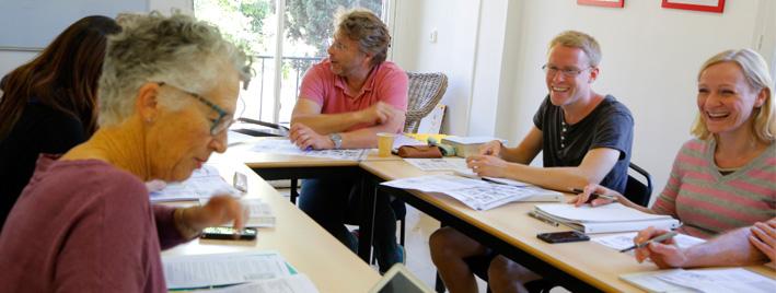 Students in class Aix en Provence