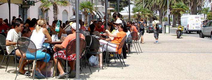 Café life in Alghero