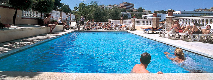 School pool, Malaga Premium