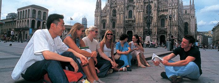 Learning Italian outside Duomo di Milano
